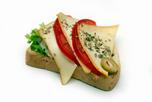 Mozzarell�s-paradicsomos szendvics